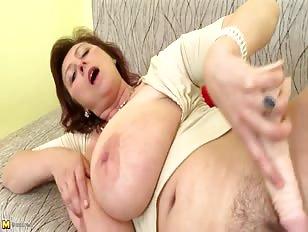 private pornofilm cougar søger ung fyr